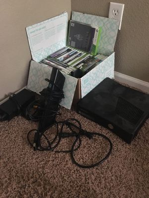 Xbox 360, 29 games, 2 controllers, Kinect, headphones for Sale in Parker, CO