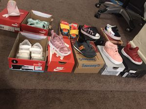 GENTLY USED SIZE 4 SHOES!!! NIKE , VANS AND MORE!! for Sale in Los Angeles, CA