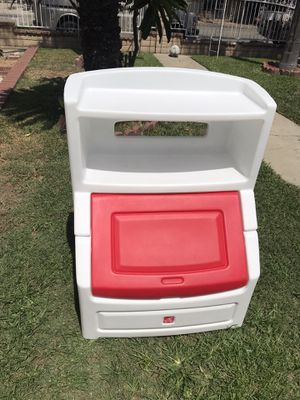 Toy chest and bookshelf 2in 1 for Sale in El Monte, CA