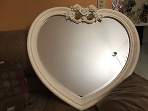 Princess mirror for Sale in Miami, FL