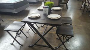 Table and Stools for Sale in Dallas, TX