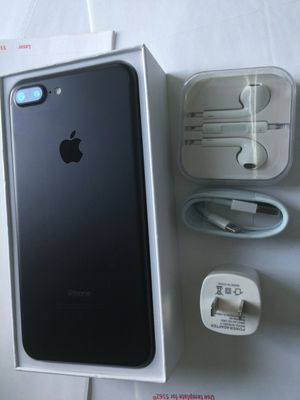 iPhone 7plus (7+) - just like new, factory unlocked, clean IMEI for Sale in Springfield, VA