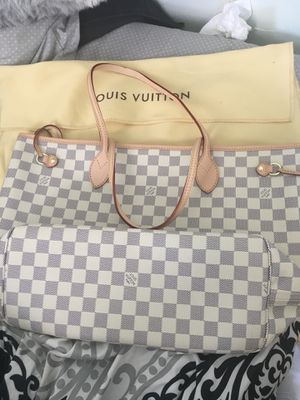 Louis Vuitton neverfull tote Damier azur for Sale in Eatontown, NJ