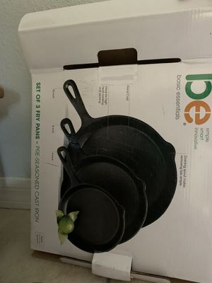 2 Cast iron pans New for Sale in Zephyrhills, FL