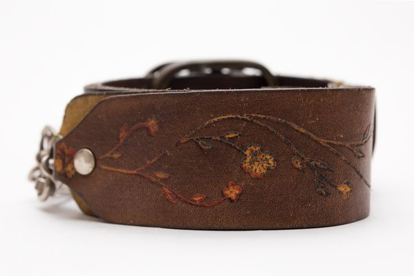 Vintage Leather Adjustable Camera Neck Strap w/ Floral Design!