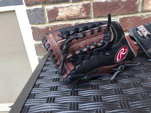 Baseball gloves for Sale in Buford, GA