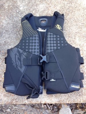 Sterns life jacket for Sale in St. Louis, MO