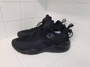 NEW Nike Air Huarache City Move Women's Shoes Size 12 for Sale in La Mirada, CA