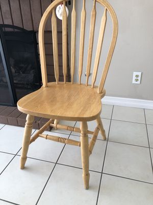 Kitchen table chairs -$5 each for Sale in Santa Ana, CA