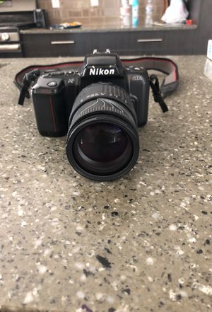 Nikon N6006 camera with Sigma zoom lense for Sale in Sandy, UT