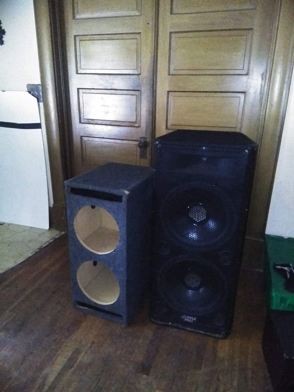 2 Pyle 15' subs