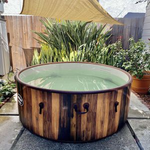 HOT TUB!!! for Sale in Long Beach, CA