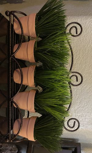 Artificial plant decoration (READ DESCRIPTION!) for Sale in North Las Vegas, NV