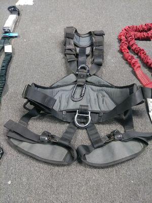 Petzel Avao 5 point harness + Y Lanyard for Sale in Atlanta, GA