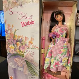 Avon Spring Petals Barbie for Sale in Cape Coral, FL