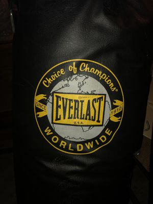 Punching bag for Sale in Bellwood, IL
