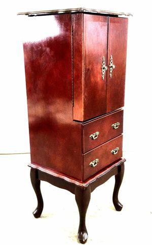 Vintage Mahogany Queen Anne Style Jewelry Cabinet for Sale in Peoria, AZ