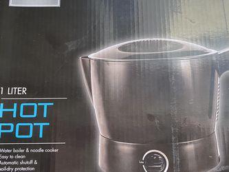 1 Liter Hot Pot for Sale in Berlin,  CT