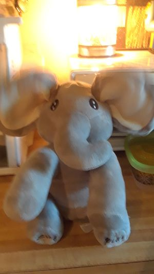 New Peek A Boo Singing & Playing Plush Elephant for Sale in Pasadena, TX