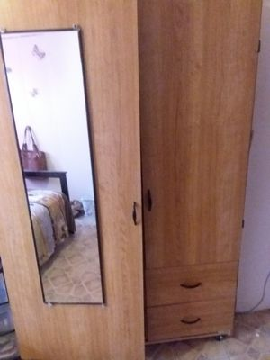 Used mirrored closet with drawers n shelves for Sale in Bronx, NY