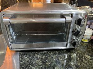 Toaster oven large oyster barely used for Sale in Delray Beach, FL