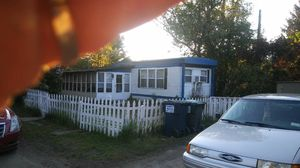Mobile Home 2 bd rm 1 full bath for Sale in Troy, NY