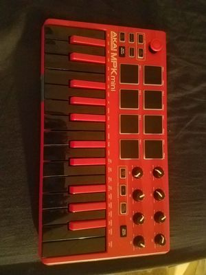 Akai Mpk Mini 3 with installation software for Sale in Los Angeles, CA