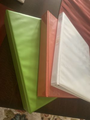 Binders (various sizes and colors) for Sale in Lexington, KY
