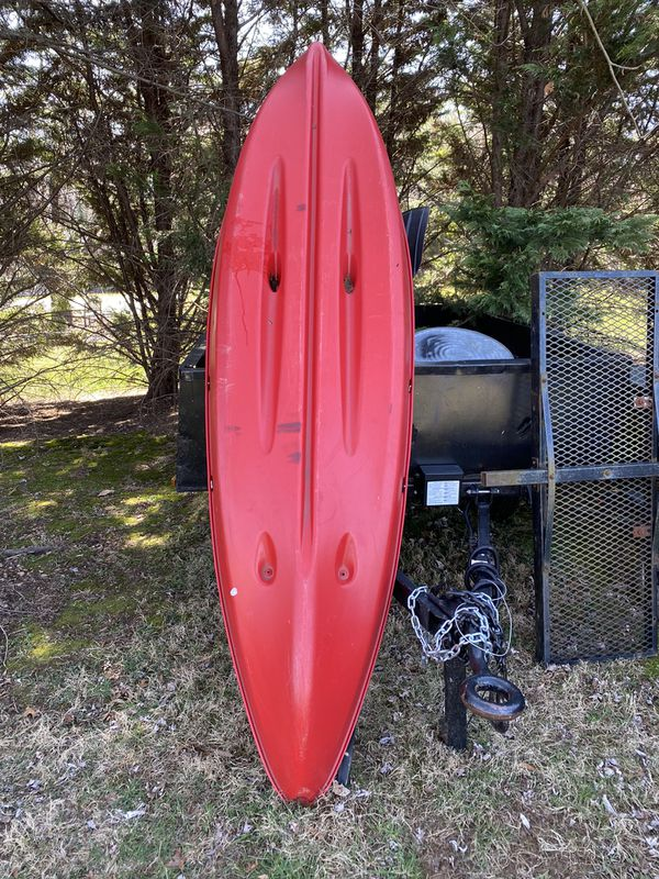 Sun Dolphin Bali 10' Sit-On Kayak Red, Paddle Included