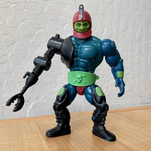 Vintage Heman and the Masters of the Universe Trap Jaw Action Figure Toy With Armor, Belt & Arm Weapon for Sale in Elizabethtown, PA
