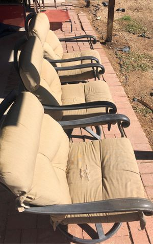 Three swivel patio chairs for Sale in Glendale, AZ