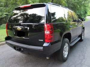 Firm Prince $1800 -2009 Chevrolet Tahoe Nice car for Sale in Dallas, TX