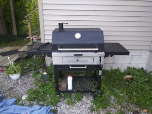 Grill kitchenaid charcoal for Sale in Traverse City, MI