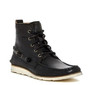 John Varvatos Star USA Lugger Boat Boot in Size 8 for Sale in Nashville, TN