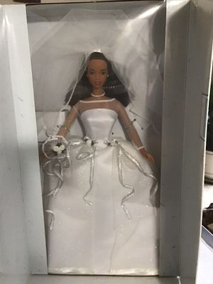 New 1999 Mattel Barbie Blushing Bride African American F285221 new in box. $22 for Sale in Chesapeake, VA