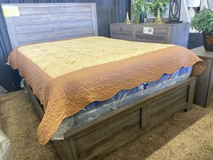 Bed Room Set for Sale in Bakersfield, CA