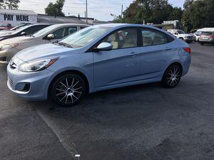 2012 Hyundai Accent Compra aquí y paga aquí (Refinanciamos) for Sale in Tampa, FL