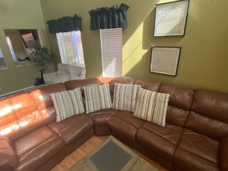 Leather Sectional Sofa with Recliner /full Size Pull Out Bed for Sale in Corona,  CA