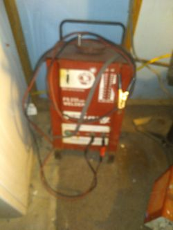 FS 235AMP. WELDER/ ( FORNEY ) for Sale in San Angelo,  TX