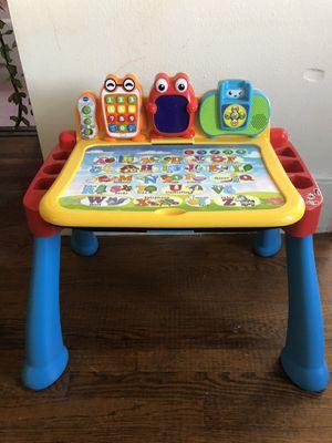 Kids desk for Sale in San Francisco, CA