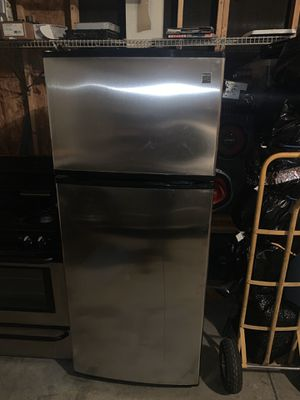 Stove and Refrigerator for Sale in Denver, CO