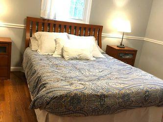 Bedroom Set (bed frame, mattress , 2 Bedsides and dresser) for Sale in McLean,  VA