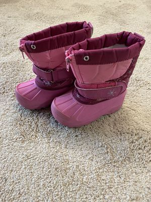 Toddler Girl Snow / Rain Boots Size 8 for Sale in Garden Grove, CA
