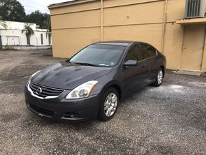 2013 Nissan Altima $2500 for Sale in Tampa, FL