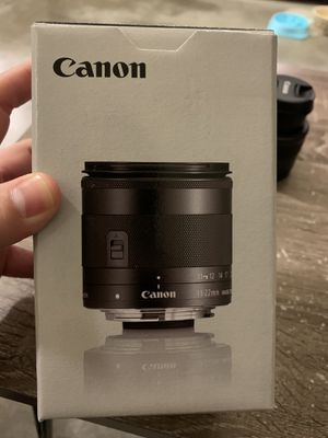 Canon 11-22mm F4 EFM Like New! for Sale in Nashville, TN