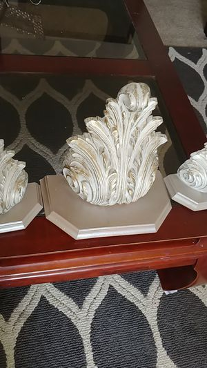 Decorative pieces for Sale in Sanger, CA