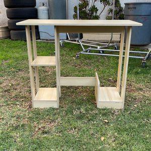Kids Desk for Sale in South El Monte, CA