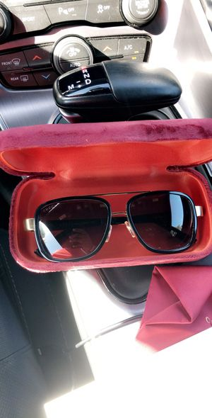 Gucci sunglasses/shades for Sale in Houston, TX