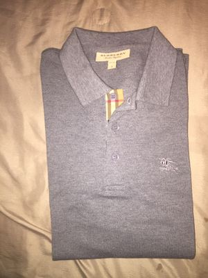 Burberry size Large for Sale in Philadelphia, PA