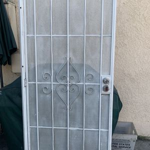 Metal Door for Sale in Bell Gardens, CA